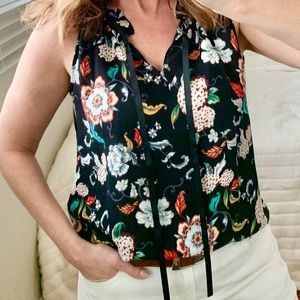 Violet & Claire Sleeveless Floral Blouse